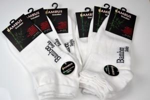 bambussocken und sneaker von sanasocks und sanaviva
